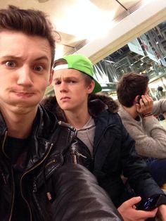 Troye Sivan, Caspar lee, and alfie deyes in the background