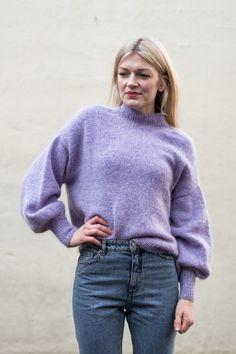 Made to order spring / fall women crochet blouse – socken stricken Oversize Pullover, Sweater Knitting Patterns, Crochet Blouse, Work Tops, Summer Shirts, Ballon, Sweater Weather, Pulls, Dress To Impress