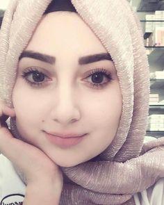 😏☺☺☺☺😁😄😃😂 Hijab Evening Dress, Hijab Dress, Arab Girls Hijab, Muslim Girls, Hijabi Girl, Girl Hijab, Beautiful Girl Indian, Beautiful Hijab, Cute Beauty