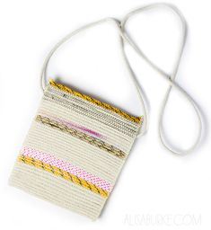 http://alisaburke.blogspot.com/2014/07/fashion-friday-coiled-rope-pouches.html