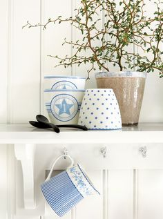 The indigo series by GreenGate, click here for more: http://www.lillestore.de…