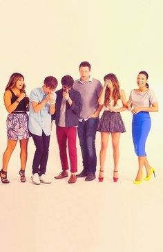 Glee cast. :)  Jenna, Kevin, Darren, Cory, Lea, and Naya.
