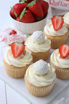 Homemade Desserts, Vegan Desserts, Just Desserts, Baking Cupcakes, Cupcake Recipes, Cupcake Cakes, Cafe Food, Food Cravings, Mini Cakes