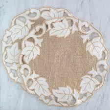 Resultado de imagem para Richelieu Embroidery - Google Search
