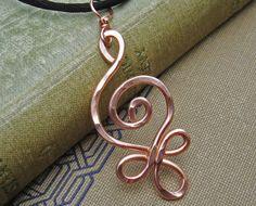 Celtico in erba a spirale a sospensione in rame - celtico rame collana - gioielli celtici - martellato Wire, donne, metallo