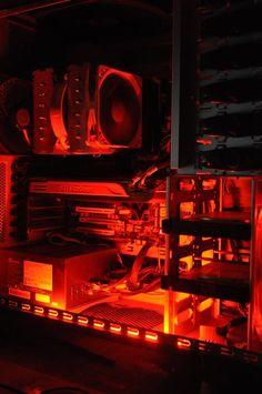 Spec : AMD Phenom II x6 1090T Black Edition | ASRock 890GX Extreme3 | Corsair Dominator 4GB DDR3 | PowerColor HD 5870 | Seasonic 620W Modullar | Seagate 250 + 500 GB | Noctua NH-D14 | Cooler Master HAF 932