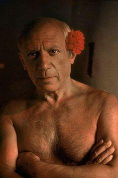 Foto de Gjon Mili Time & Life PicturesGetty Images. Pablo Picasso em Vallauris. França, 1949