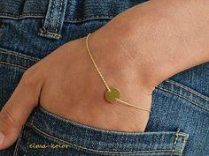 Złoty talarek na rękę (proj. ELMA-KOLOR), do kupienia w DecoBazaar.com