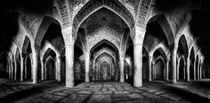 Rare candid photographs of the inside of mosques in Iran (pic 16/20)