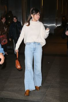 Selena Gomez Style, Normcore, New York, Street Style, Fashion, Moda, New York City, Urban Style, Fashion Styles