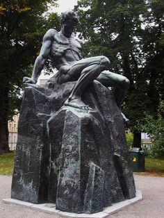 Monument à August Strindberg, 1942 Carl Eldh (1873-1954), parc de Tegnérlunden, Norrmalm, Stockholm, Suède. #Strindberg  #Eldh #Stockholm