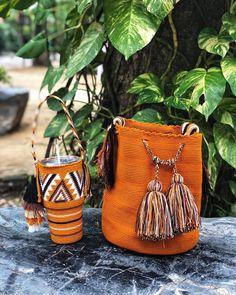Crochet Bags, Knit Crochet, Home Crafts, Diy Crafts, Craft House, Art Bag, Alpha Patterns, Crochet Projects, Bucket Bag