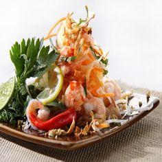 Ensalada de Papaya Verde – Som Tum Fresco, Chicken, Meat, Food, Green Papaya Salad, Rice Noodles, Cooking Recipes, Thai Salads, Essen