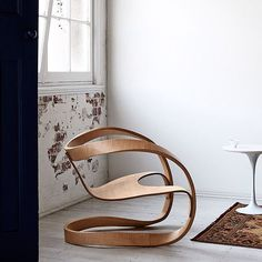 The Möbius chair was my final project at the Danish Royal Academy @kadkdk . An easy chair in the vein of chairs by Alvar Aalto and George Nelson. Photo by Eve Wilson, as featured in @tamaramaynes recently released book The Maker. #themaker . #kadkdk
