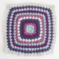 Just added my InLinkz link here: http://www.whistleandivy.com/2014/10/afghan-cal-color-block-square.html