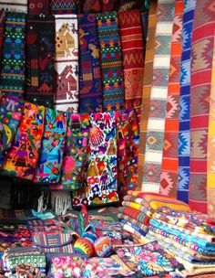 Check out this slideshow In-Nola In Guatemala in this list All Along the Spectrum Guatemalan Art, Guatemalan Textiles, Peruvian Textiles, Guatemala City, Brazilian Embroidery, Flower Market, Pottery Painting, Textile Patterns, Beautiful Patterns