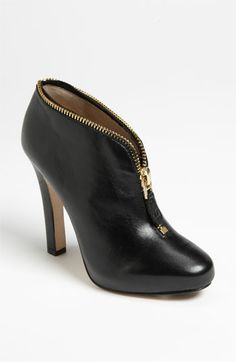 loving the zipper detailing on this bootie