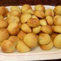 Αλμυρές μπουκίτσες με γέμιση ελιάς Food And Drink, Appetizers, Potatoes, Snacks, Vegetables, Cooking, Breakfast, Recipes, Foods