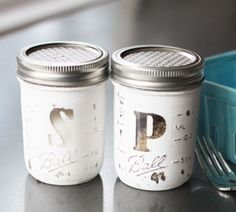 Turn small jars into cute salt and pepper shakers by poking some holes in the lid, labeling them, and lightly distressing them. Get the tutorial at Landeelu.