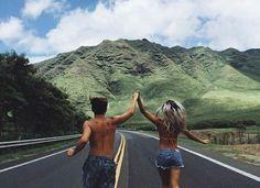 Travel couple photography romances adventure new ideas Life Goals, Relationship Goals, Relationships, Couple Tumblr, Romance, Adventure Is Out There, Hopeless Romantic, Couple Pictures, Couple Ideas
