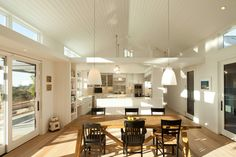 A California modern farmhouse that reflects the beauty of the golden state. Features San Tropez DuChâteau Flooring.