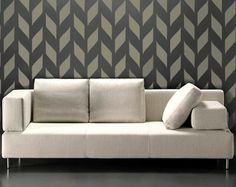interior-decoration-modern-living-room-decorating-ideas-with-white-sofa-and-charming-grey-geometric-wall-stencil-featuring-white-cushions-lovely-geometric-wall-stencils-inspirations.jpg (800×637)