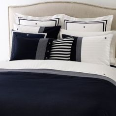 I love this WILLIAMSTOWN FULL/QUEEN DUVET SET from Tommy Hilfiger! It might be my new bed!