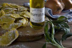 Funki Fungi Truffle Oil Truffle Oil, Wine Deals, Fungi, Truffles, Wine Recipes, Ethnic Recipes, Food, Gourmet, Cake Truffles