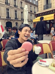 Hyungsik aa.. u r so sweet.. miss u..hemmm