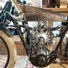 A Radial engine powered board track racer by Peugeot. Fooking cool!