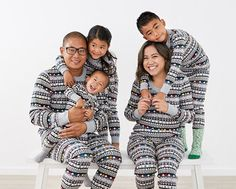 Spend meaningful moments together with those who matter most in our collection of super soft matching pajamas crafted from organic cotton. Family Pjs, Family Christmas Pajamas, Matching Family Pajamas, Matching Pajamas, Hanna Andersson, Christmas Photos, Photo Shoot, Organic Cotton, Collection