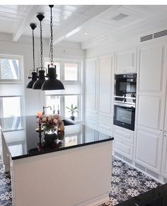 Kitchen in #behindabluedoor ✨ #kitchen#interior