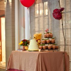 Vintage Winnie the Pooh Birthday Party