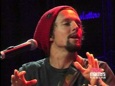 Jason Mraz talks about the writing of, and plays, 'The Remedy'.