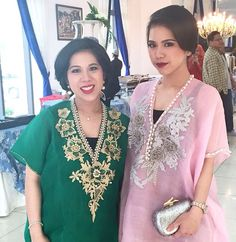 Amandira sjamsuddin wearing #bajubodo #bugis