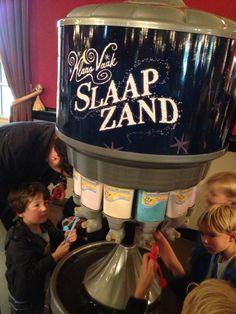 Sleeping Sand - Sandman themed Pucker Powder at Musical Klaas Vaak (=The Sandman).