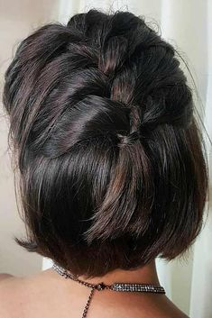 23 Quick and Easy Braids for Short Hair quickbraids easybraids shorthair shorthairstyles crazyforus braidsforshorthair 466685580136583245 Quick Braids, Braids For Short Hair, Short Hair Cuts, Simple Braids, Quick Hair, Short Pixie, How To Braid Your Own Hair Short, Pixie Cut, Short Bob Updo