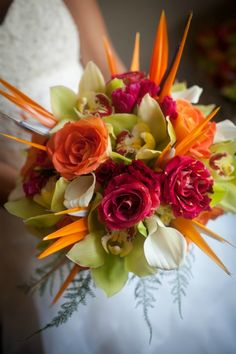 Vibrant, tropical feel bridal bouquet with bird of paradise as scuptural design element. My bouquet! Bird Of Paradise Wedding, Birds Of Paradise Flower, Tropical Wedding Bouquets, Floral Wedding, Unique Flower Arrangements, Wedding Blog, Wedding Sites, Wedding Table, Wedding Decor