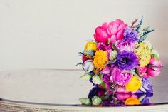 Insanely Colorful Bouquet   20 Cute And Quirky Wedding Bouquet Ideas