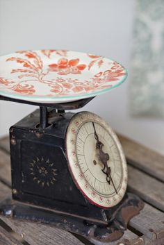 Vintage plate on a scale.  Pretty! #vintage
