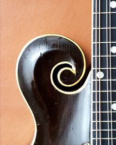 The Mandolin Archive: 1921 Gibson F4 Mandolin #67236