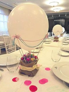 this would be a cute idea for a baby shower/gender reveal party! Have the guests count, and all poke the balloons and have colored confetti fly out. Festa Party, Baby Party, Balloon Decorations, Table Decorations, Baby Boy Shower, Party Planning, Party Time, First Birthdays, Birthday Parties