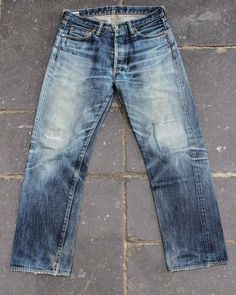 http://denimhunters.tumblr.com/post/92743638640/how-we-made-denimhunters-tangible-with-worn-denim