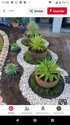 140 Simple Front Yard Landscaping Ideas But Very Interest Simple Front Yard Landscaping Ideas But Very Interest 25 Garden Yard Ideas, Garden Projects, Garden Beds, Easy Garden, Home Landscaping, Front Yard Landscaping, Succulents Garden, Landscape Design, Outdoor Gardens