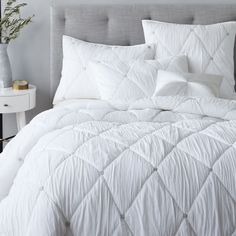 Natalie Embroidered Quilt, Full/Queen, Stone White