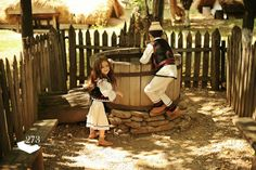 Romanian children in traditional costume Romanian People, Romanian Girls, Mountain Climbing Gear, Country Life, Costumes, Traditional, Landscape, World, Beautiful
