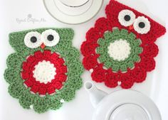 Crochet Christmas Owl Coaster or Trivet - Repeat Crafter Me