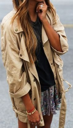 Fall Outfit With Oversized Casual Jacket and Skirt