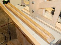 View all images at router lift folder Making A Router Table, Build A Router Table, Router Lift, Diy Garage Storage, Woodworking Projects, Diy And Crafts, How To Make, Bacon Recipes, Image