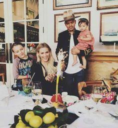Teen star #AshleeSimpson celebrates her birthday with her family. #EvanRoss
